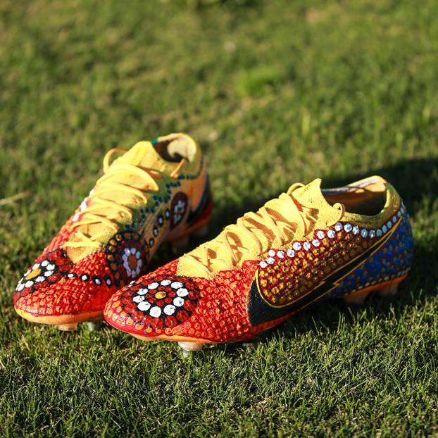 mainApi Koroisau's Signed Match Boots0